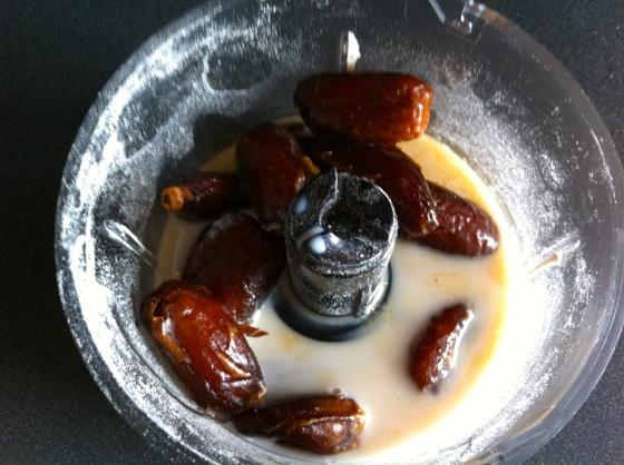 dates, vanilla, almond milk