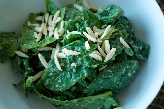 spinach salad with cilantro dressing